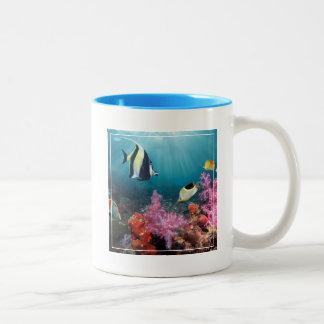 珊瑚礁の景色|のMoorishの偶像 ツートーンマグカップ