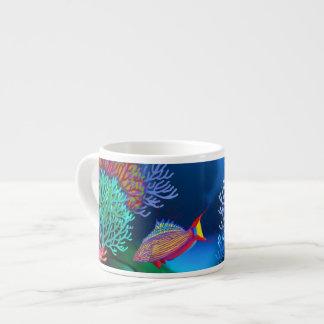 珊瑚礁の自動点滅装置のベラの魚のエスプレッソのマグ エスプレッソカップ