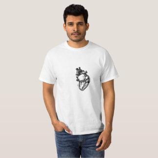 現実的なハートの線画 Tシャツ