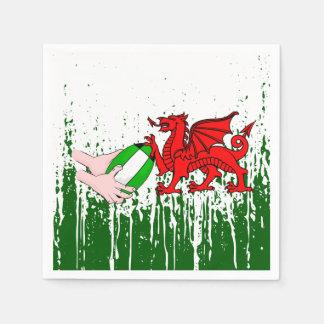 球が付いているウェールズのラグビーのチームサポータ旗 スタンダードカクテルナプキン