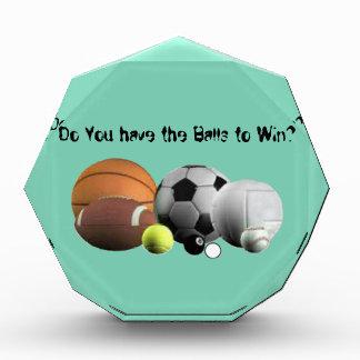 球のスポーツ勝つべき球がありますか。 表彰盾