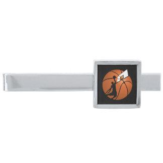 球の確実のバスケットボール選手w/Hoop 銀色 ネクタイピン