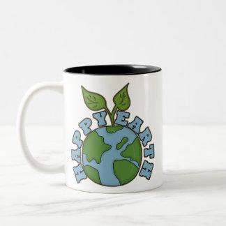 環境にやさしいことをしようの幸せな地球のコーヒーカップ ツートーンマグカップ