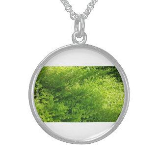 環境にやさしいことをしようの活発な植物の銀の円形のネックレス スターリングシルバーネックレス