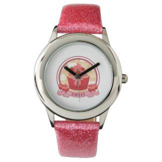甘いいちごのカップケーキ 腕時計