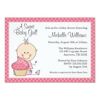 甘いカップケーキのピンクの水玉模様の女の子のベビーシャワー カード
