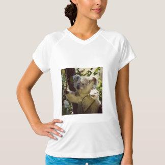 甘いコアラ2b tシャツ
