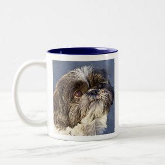 甘いシーズー(犬)のTzuの子犬2の調子の飲料のコーヒー・マグ ツートーンマグカップ