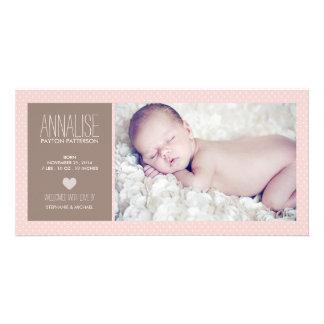 甘い時の写真の女の赤ちゃんの誕生の発表 カード