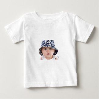 甘い男の子のイメージ ベビーTシャツ