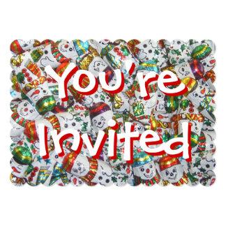 甘い雪だるまの招待されましたの招待の赤の背部 カード