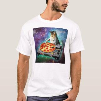 甘いZaを回しているDJの宇宙猫 Tシャツ