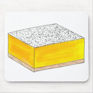 甘く及び酸っぱく黄色いレモンバーの正方形のペストリーのベーキング マウスパッド
