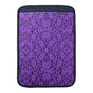 甘美なラベンダーの紫色のレース MacBook スリーブ