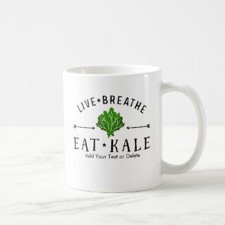 生きているヒップスターの緑葉カンランは食べます緑葉カンランのカスタムを呼吸します コーヒーマグカップ