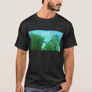 生きている緑 Tシャツ