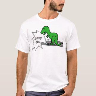 生きているAudrey (恐竜) Tシャツ