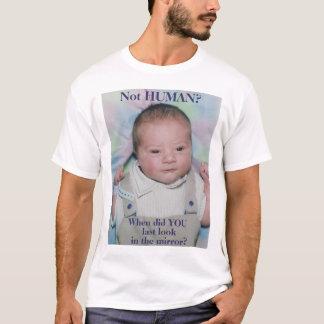 生まれたばかりのな男の子 Tシャツ