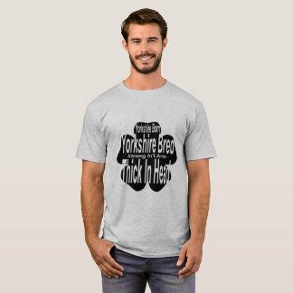 生まれるヨークシャ! ヨークシャは繁殖しました! Tシャツ