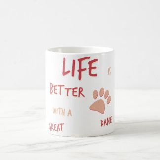 生命はよりよくグレートデーンです コーヒーマグカップ