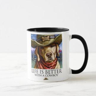 生命はカウボーイ-イエロー・ラブラドール・レトリーバーとよりよいです マグカップ