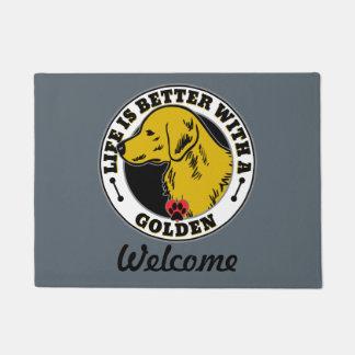 生命はゴールデン・リトリーバーとよりよいです ドアマット