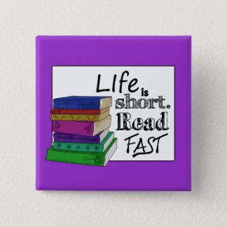 生命は短いです。 読書は絶食します 5.1CM 正方形バッジ