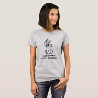生命はLabradoodleとよりよいです Tシャツ