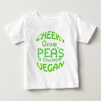 生意気なビーガンはエンドウ豆にチャンスを与えます ベビーTシャツ