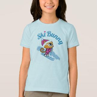 生意気な雑談によるスキーバニーのスキー猫のTシャツ Tシャツ
