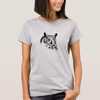 生気に満ちたフクロウのTシャツ Tシャツ