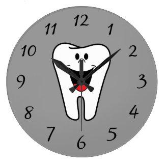生気に満ちた微笑の歯 ラージ壁時計