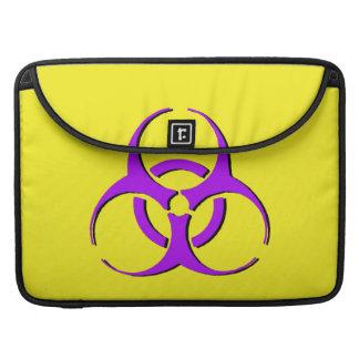 """生物学的災害[有害物質]のMacbookの袖15"""" -紫色の黒い黄色 MacBook Proスリーブ"""