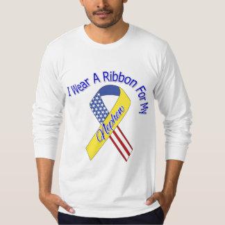 甥-私は愛国心が強いリボンの軍隊を身に着けています Tシャツ