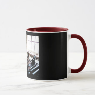 用具の店のベンチのマグ マグカップ