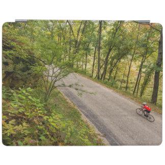 田園田舎道の道のサイクリング iPadスマートカバー
