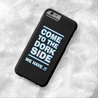 田舎くさい人の側面に来られて私達にPiのおもしろいなiPhoneの場合があります Barely There iPhone 6 ケース