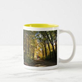 田舎道 ツートーンマグカップ