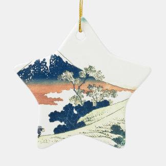 甲斐国- Katsushika HokusaiのInumeのパス セラミックオーナメント