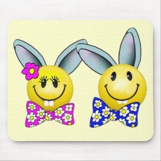 男の子および女の子のバニーのスマイリーフェイスのマウスパッド マウスパッド