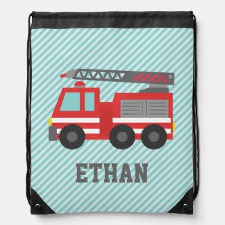 男の子のためのかわいく赤い普通消防車、名前 リュック