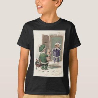 男の子のブタのシャンペンのシャムロックのドア Tシャツ
