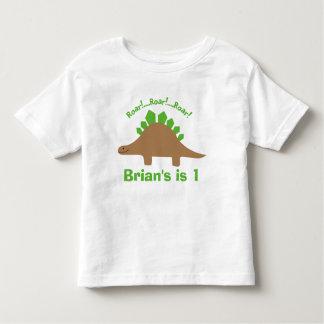 男の子の名前入りなステゴサウルスの恐竜のTシャツ トドラーTシャツ