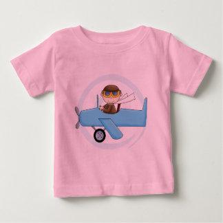 男の子の試験Tシャツおよびギフト ベビーTシャツ