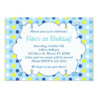 男の子の誕生日の招待状の青く黄色い水玉模様 カード