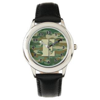 男の子の迷彩柄の腕時計|の名前入りな手紙Eのモノグラム 腕時計