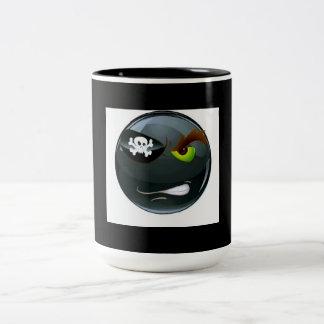 男らしい人による海賊Emojiのマグ ツートーンマグカップ