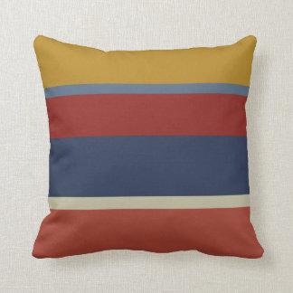 男らしい色彩の配合で縞で飾ります クッション
