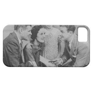 男性と話している親および娘(6-7) iPhone SE/5/5s ケース