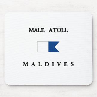 男性の環礁のモルディブのアルファ飛び込みの旗 マウスパッド